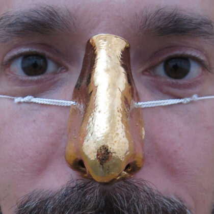 gold nose
